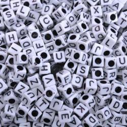Perle Alphabet Blanche Cube 6mm Lettre Aléatoire MC0106100-2