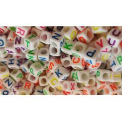 Perles Alphabet 6mm Blanche Ecriture Mixte Fluo Lettre Cube MC0106112-14