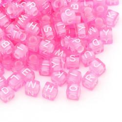 100 Perle Alphabet Cube Rose 6mm Lettre Aléatoire MC0106118