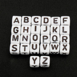 Lot de 20 Perles Alphabet 6mm Lettre au choix