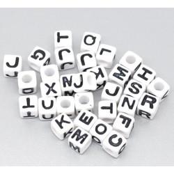 Perle Alphabet Blanche 7mm Lettre Cube Ecriture Noir MC0107142 - MC0107144